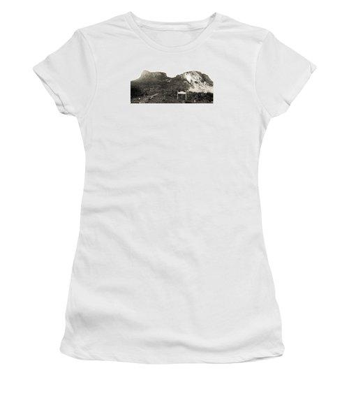 Picacho Peak Traihead Women's T-Shirt