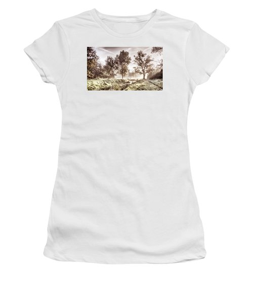 Pictorial Autumn Landscape Artistic Picture Women's T-Shirt