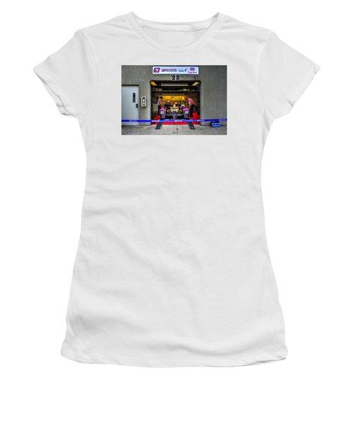 Pippa Mann Garage 2016 Women's T-Shirt