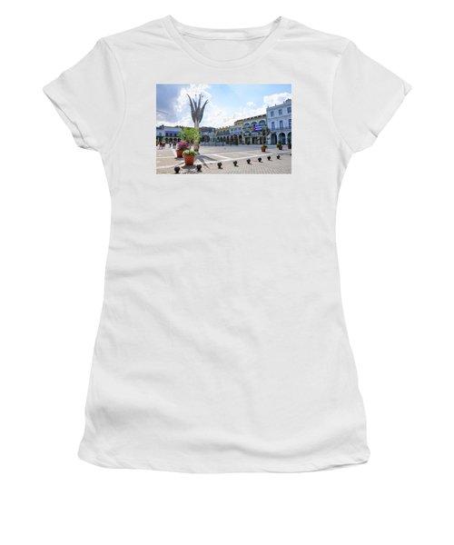 Plaza Vieja Women's T-Shirt (Athletic Fit)