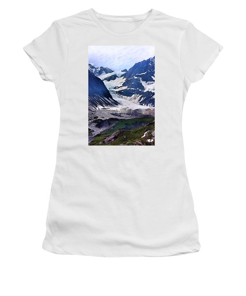 Portrait Of Majesty Women's T-Shirt