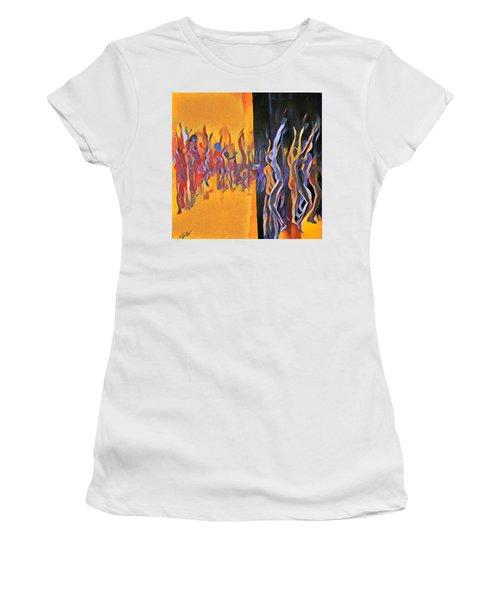 Praise Ye Women's T-Shirt (Athletic Fit)