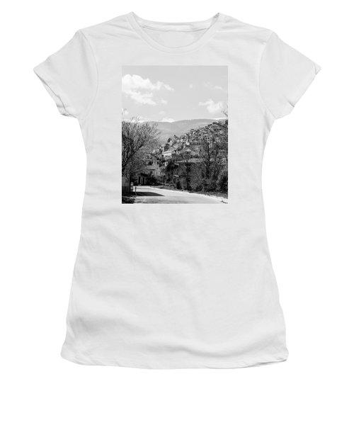 Pretoro - Landscape Women's T-Shirt (Athletic Fit)