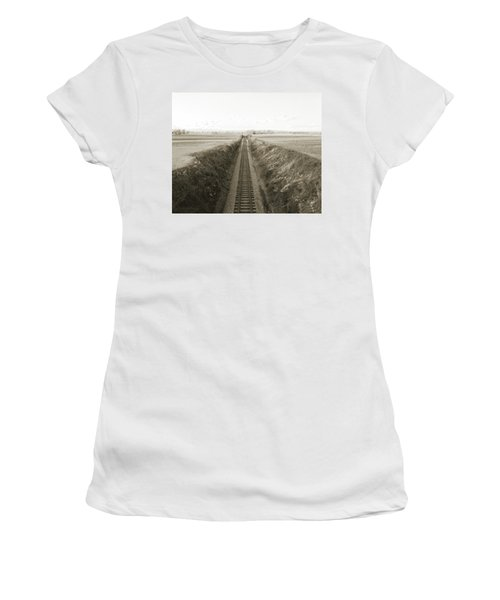 Railroad Cut, West Of Gettysburg Women's T-Shirt (Junior Cut) by Jan W Faul