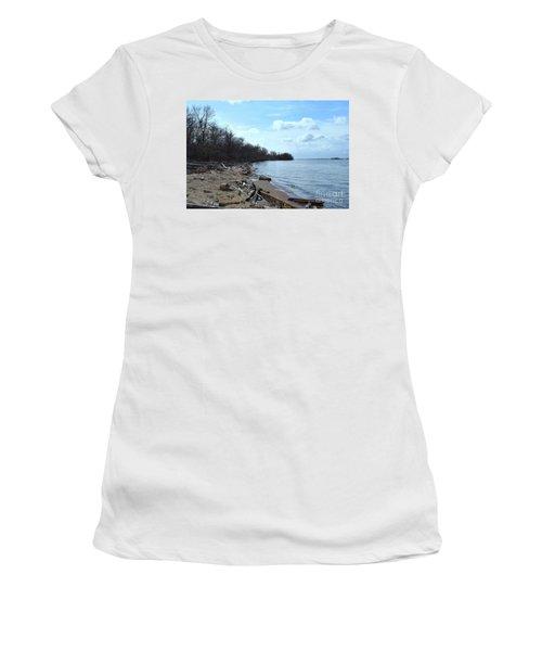 Delaware River Shoreline Women's T-Shirt (Athletic Fit)
