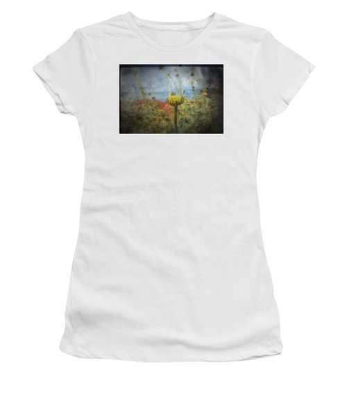 Runt  Women's T-Shirt