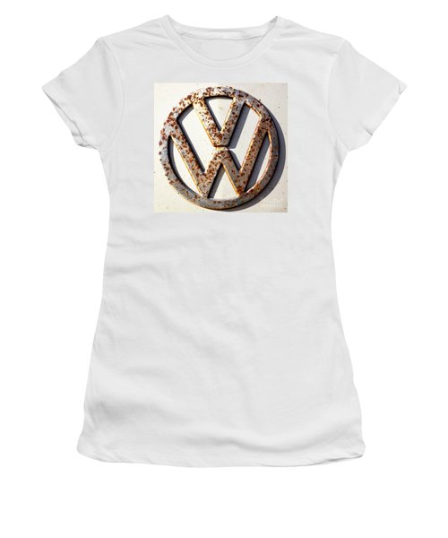 Vintage Vw Sign Women's T-Shirt (Athletic Fit)