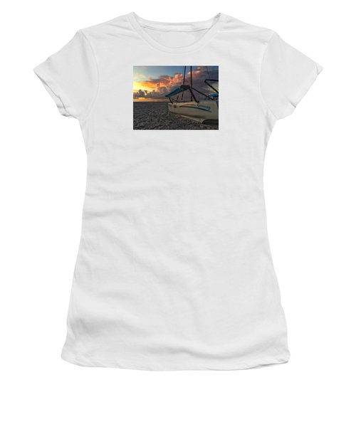 Sailing Still Women's T-Shirt (Athletic Fit)