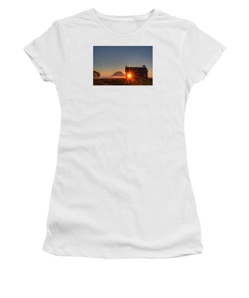Schoolhouse Sunburst Women's T-Shirt (Junior Cut) by Fiskr Larsen