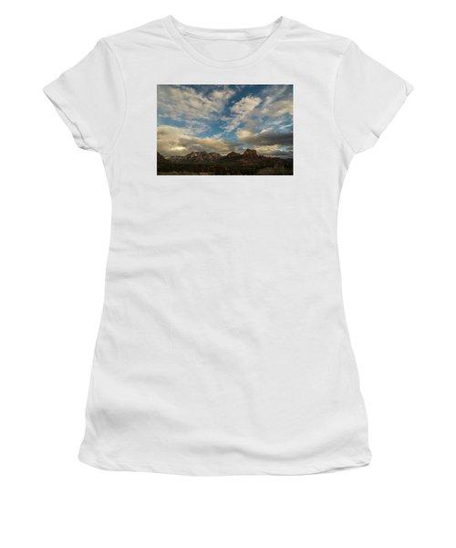 Sedona Arizona Redrock Country Landscape Fx1 Women's T-Shirt (Junior Cut) by David Haskett