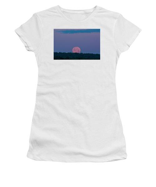 Setting Strawberry Moon Women's T-Shirt