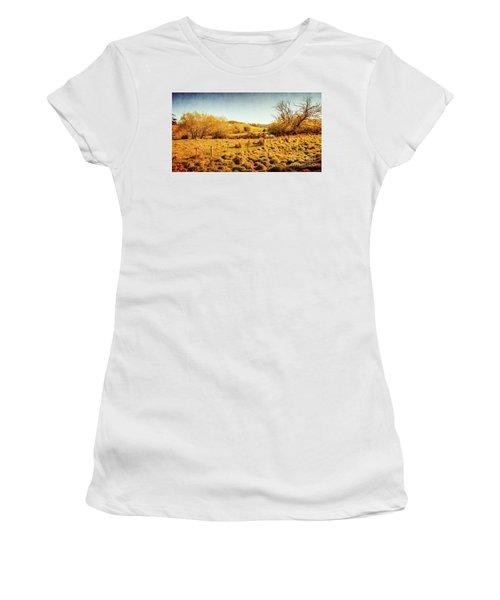 Shabby Country Farmland Women's T-Shirt