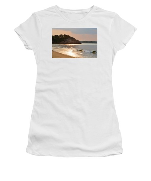 Singing Beach Silver Waves Manchester By The Sea Ma Women's T-Shirt (Athletic Fit)
