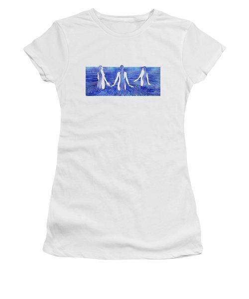 Sirens Call Women's T-Shirt