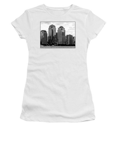 Skyline Nyc River View  Women's T-Shirt