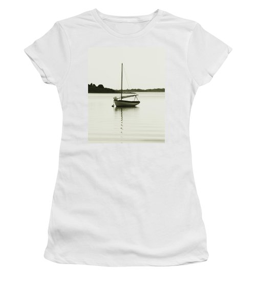 Sloop At Rest  Women's T-Shirt (Athletic Fit)