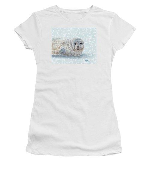 Snowy Seal Women's T-Shirt