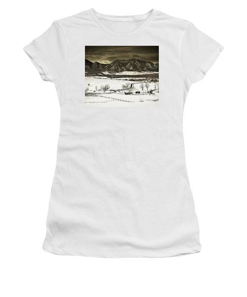 Snowy Sunset Women's T-Shirt