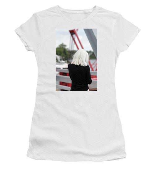 Soft Women's T-Shirt (Athletic Fit)