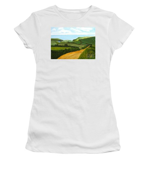 South West England Countryside Cotswold Area Women's T-Shirt (Athletic Fit)