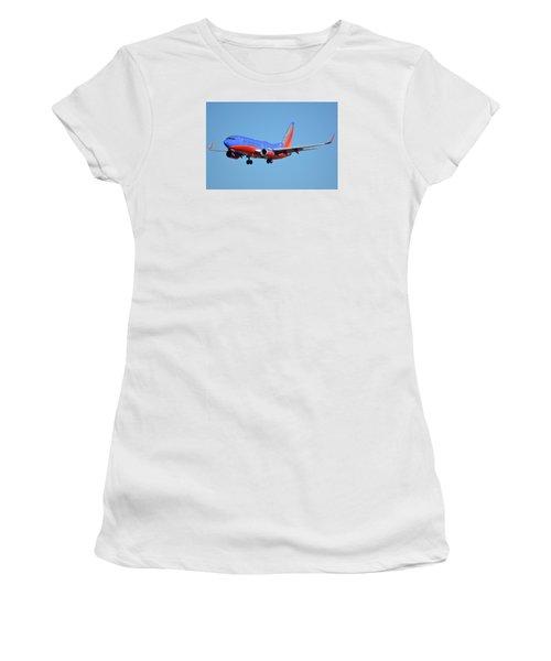 Southwest Boeing 737-7h4 N238wn Phoenix Sky Harbor January 17 2016 Women's T-Shirt