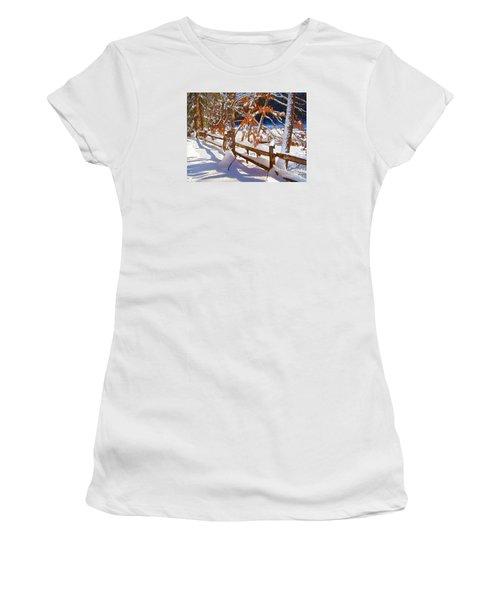 Split Rails Women's T-Shirt (Athletic Fit)
