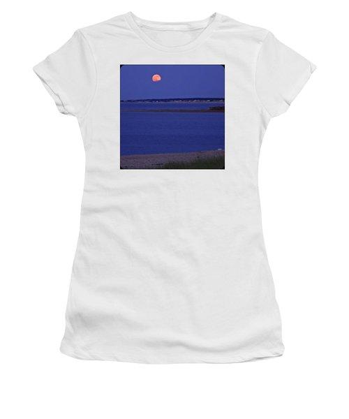 Stawberry Moon Women's T-Shirt