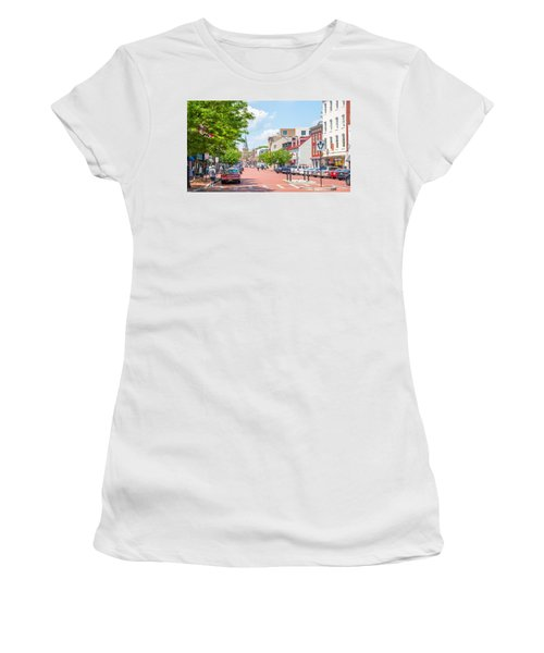 Sunny Day On Main Women's T-Shirt