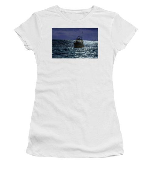 Sunsetting On Fisher Betting Women's T-Shirt