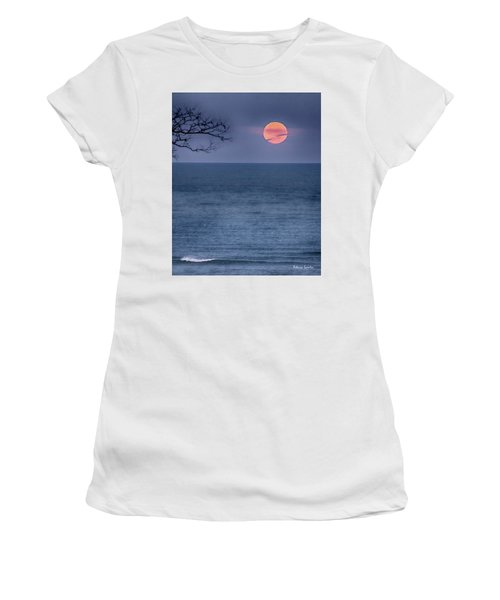 Super Moon Waning Women's T-Shirt (Athletic Fit)