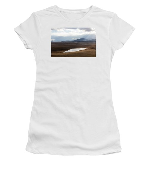 Sweeping Plain And A Small Lake Between Mountain Foothills Near Fairplay In Park County Women's T-Shirt (Junior Cut) by Carol M Highsmith