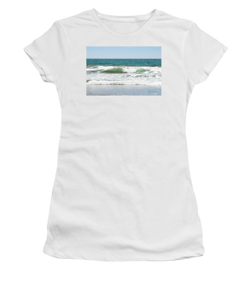 Swell Women's T-Shirt (Athletic Fit)