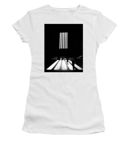 Tate Modern Women's T-Shirt (Athletic Fit)