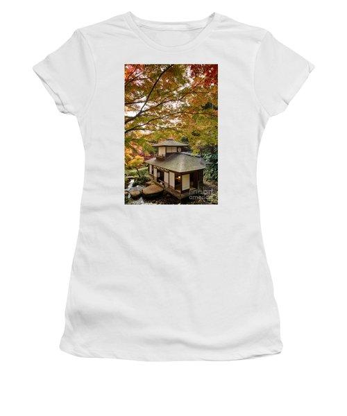 Tea Ceremony Room Women's T-Shirt