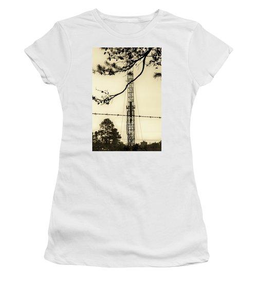 Texas Tea Women's T-Shirt (Athletic Fit)