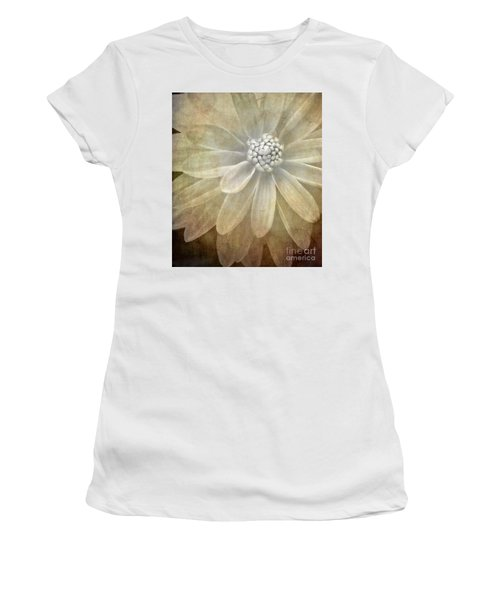 Textured Dahlia Women's T-Shirt (Athletic Fit)