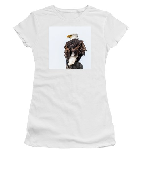 The Alert Women's T-Shirt (Junior Cut) by Yeates Photography