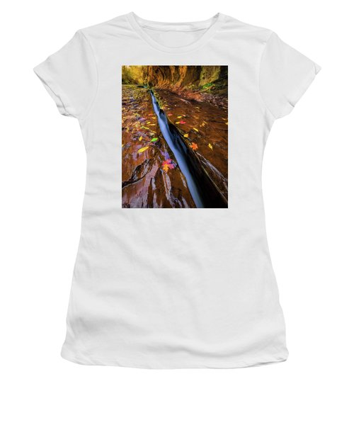 The Crack Women's T-Shirt (Athletic Fit)