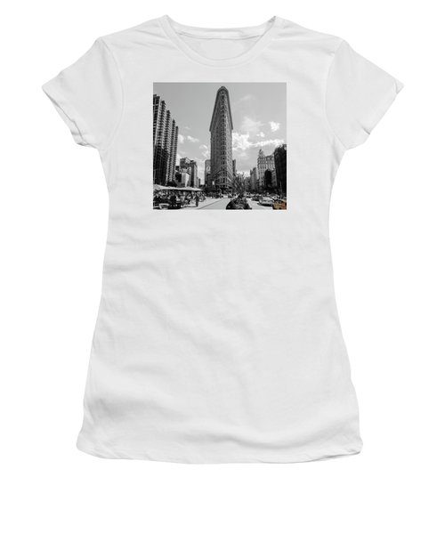 The Flatiron Building New York Women's T-Shirt