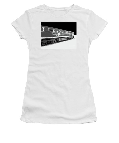 The Ghan Bw Women's T-Shirt (Athletic Fit)