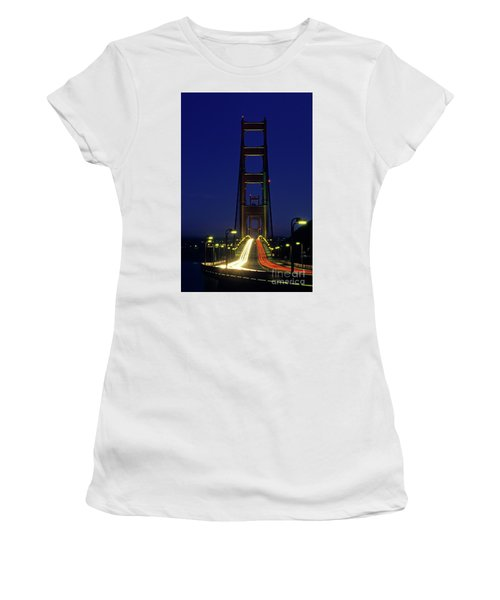 The Golden Gate Bridge Twilight Women's T-Shirt (Athletic Fit)