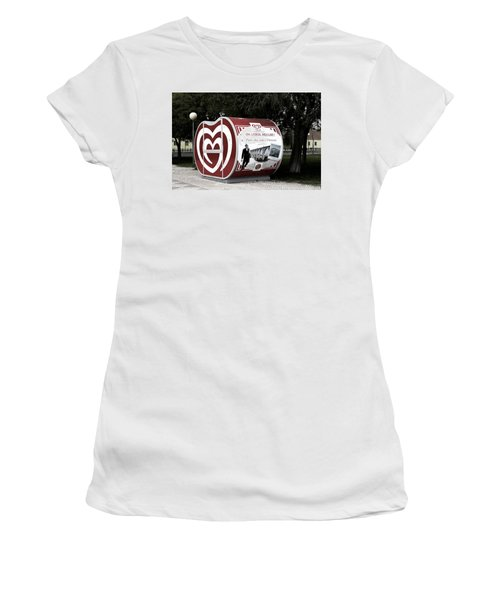 The Kiosk Is Closed Today Women's T-Shirt (Junior Cut) by Lorraine Devon Wilke