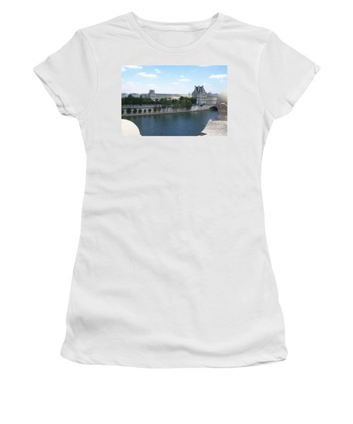 The Louvre Women's T-Shirt