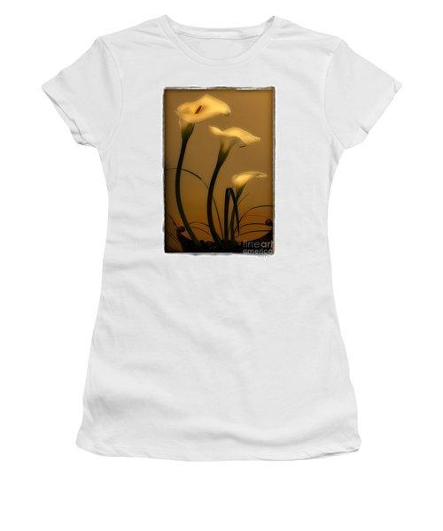 Three Lilies Women's T-Shirt