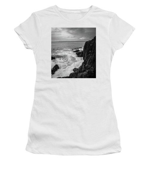 Tidal Dance Women's T-Shirt (Athletic Fit)