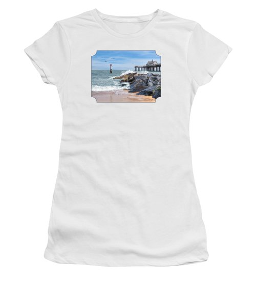 Tide's Turning - Southwold Pier Women's T-Shirt (Athletic Fit)