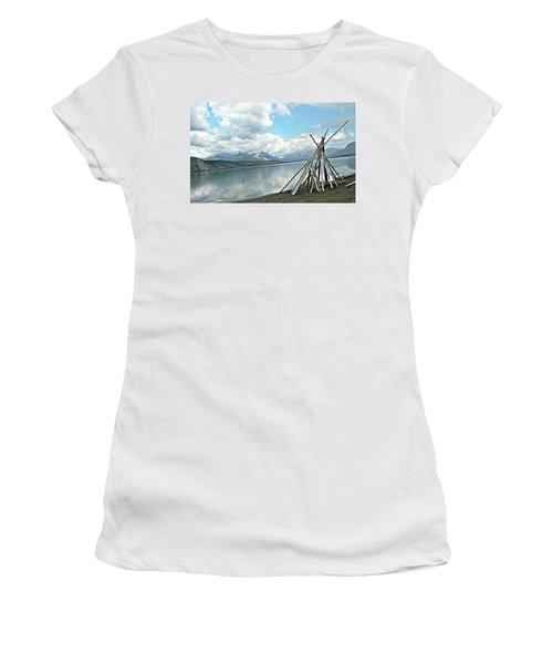 Tipi Like Women's T-Shirt