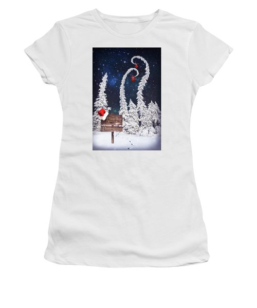 To The North Pole Women's T-Shirt (Athletic Fit)