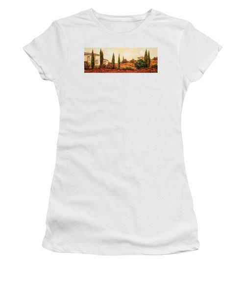 Tre Case Tra I Papaveri Women's T-Shirt