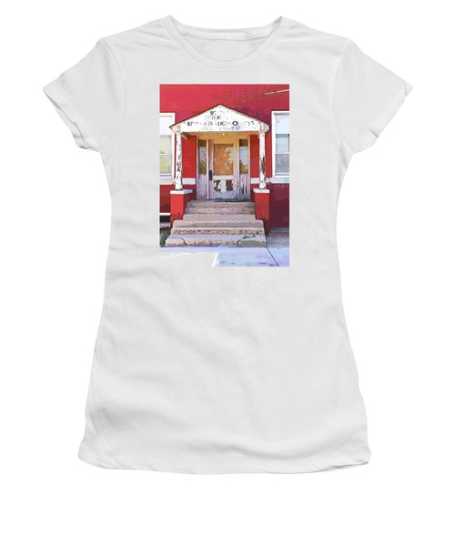 Women's T-Shirt (Junior Cut) featuring the photograph Trinity Or Trinidad by Cynthia Powell